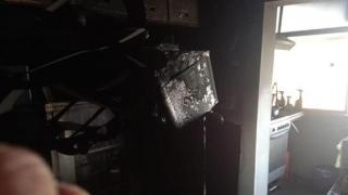 Incendiu la un apartament din Constanța! Un bărbat a fost găsit inconștient