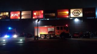 Incendiu la City Park Mall! Sute de persoane evacuate!