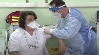 Începe a doua etapă de imunizare anti-COVID. Cui se adresează această etapă.