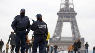 Alte 26 de persoane, arestate la Paris în urma incidentelor violente din suburbii