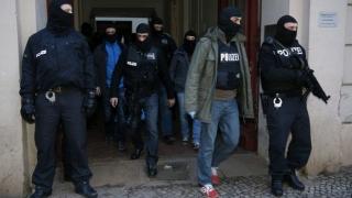 Operaţiune în Germania după incidente armate; autorii atacurilor au murit, 3 persoane, rănite