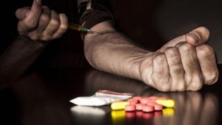 """Campania """"Litoral fără droguri"""": turiștii, informați despre riscurile consumului"""