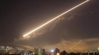 Înfruntare cu rachete la Damasc