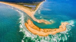 Insula misterioasă din Triunghiul Bermudelor! Este extrem de periculoasă!