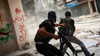 Insurgenții sirieni se unesc într-o grupare mai mare