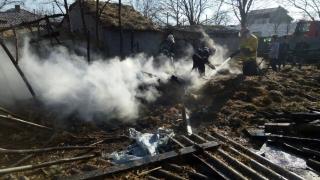 Incendiu puternic în localitatea Cobadin