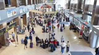 Eurodeputații au adoptat instituirea unui registru european cu datele pasagerilor