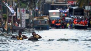 Peste 100 de morți în inundațiile din Sri Lanka