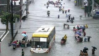 Morţi şi răniţi în Filipine. Zeci de mii de evacuaţi, din cauza inundaţiilor