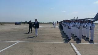 """Președintele Iohannis, în vizită la Centrul administrativ """"Mihail Kogălniceanu"""""""