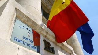 Iohannis își continuă luptele cu parlamentarii, prin CCR