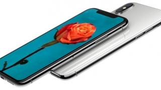 iPhone X, o regină prețioasă, dar fără coroană