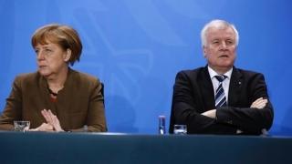 Islamul aparţine Germaniei sau nu? Merkel se contrazice cu Horst Seehofer