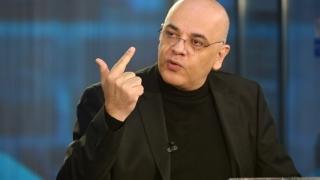 Raed Arafat: Este imposibil ca fiecare județ să aibă un elicopter