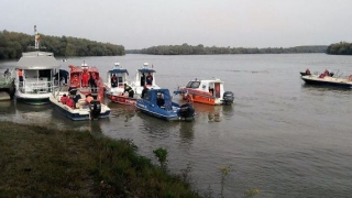 Marinar căzut în  Dunăre, lângă Podul Anghel Saligny. Operațiuni de găsire și salvare în desfășurare