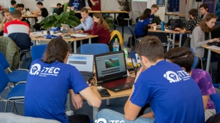 Studenţii Universității Ovidius din Constanța au creat o aplicaţie de identificare a destinaţiilor turistice la concursul iTEC