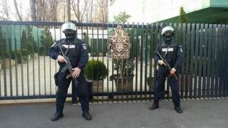Jandarmeria a suplimentat dispozitivele de pază la Ambasada Marii Britanii de la Bucureşti