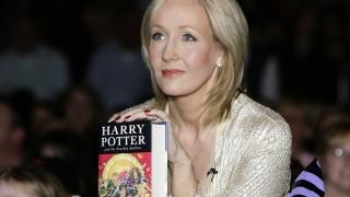 """Noua carte din seria """"Harry Potter"""" va fi o piesă de teatru"""