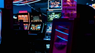 Jocuri de păcănele – revenire la sloturile clasice