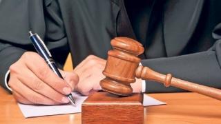 Ofiţer al Penitenciarului de Maximă Siguranţă Craiova, condamnat la închisoare