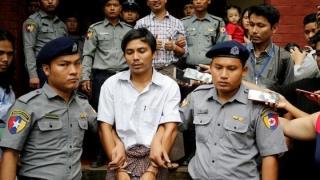 Jurnaliştii Reuters închiși în Myanmar, eliberaţi după 500 de zile