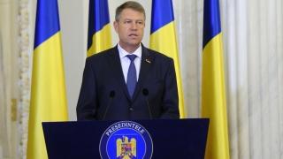 Președintele Iohannis amână promulgarea Legii bugetului