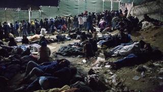 Lagărele din Lesbos şi Salonic: poveşti horror incredibile cu fiinţe umane