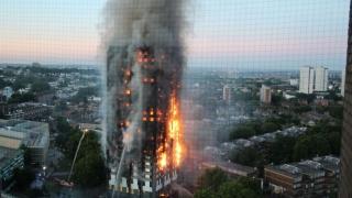 """""""Colectiv"""", la Londra? Clădirea incendiată, învelită în material inflamabil"""