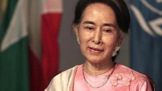 Laureata Premiului Nobel pentru Pace rămâne fără cetăţenia de onoare