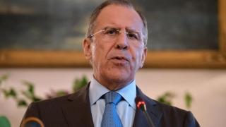 """Lavrov: Olanda """"face speculaţii (...) în scopuri politice"""" asupra catastrofei zborului MH17"""