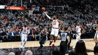 LeBron James, al șaptelea baschetbalist din istorie cu peste 30.000 de puncte înscrise