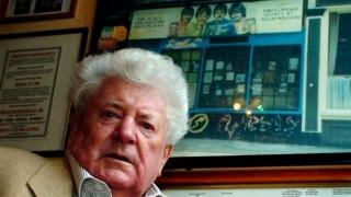 A murit cel care a descoperit formaţia The Beatles