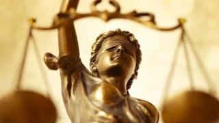 Legea privind statutul judecătorilor şi procurorilor, promulgată de Iohannis