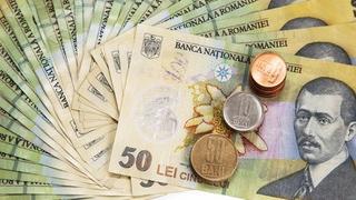 Moneda unică europeană a sărit pragul de 4,55 lei