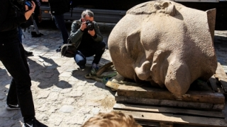 În Ucraina au fost demolate anul acesta 1.320 de statui ale lui Lenin
