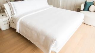 Nu ai mai dormit bine de mult? De ce nu începi să folosești doar lenjerii de pat din bumbac?