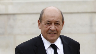Ministrul francez al apărării: Statul Islamic va pierde. Se retrage considerabil