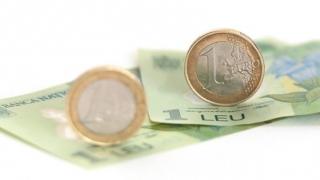 Se anticipează deprecierea leului până la 4,8262 lei/euro, în următorul an
