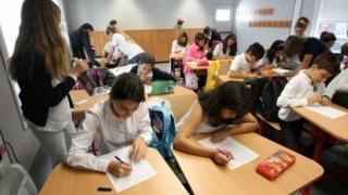 Programa şcolară s-ar putea schimba?! Ce materie va fi introdusă la liceu