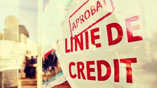 Mai puține credite neperformante, mai mulți restanțieri
