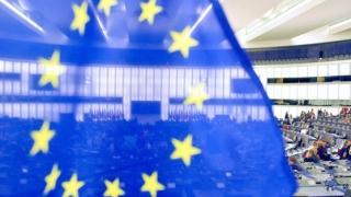 Ziua Europei, 9 mai: Deputaţii români din Parlamentul European intră în dialog live cu cetăţenii