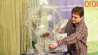 Mai multe premii la Loteria Fiscală