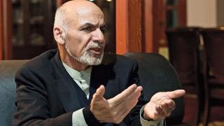 Președintele afgan a semnat un acord de pace cu cea mai mare grupare insurgentă