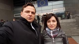 Liderii opoziției din Moldova, Andrei Năstase și Maia Sandu, spun că au fost OTRĂVIȚI cu mercur