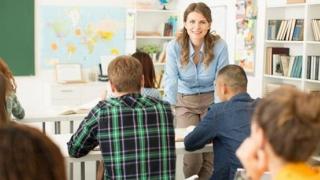 Majorări de salarii pentru profesori, de la 1 decembrie