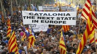 Manifestație imensă a militanților separatiști, încheiată pașnic la Barcelona