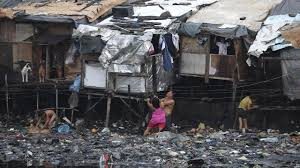Manila, sub amenințarea puternicului taifun Nock-Ten