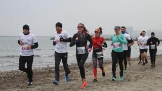 Sportivi din toată lumea se vor reîntâlni la Maratonul Nisipului 2018