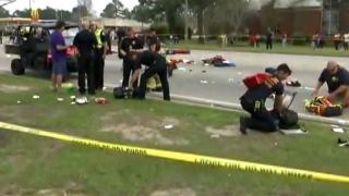 Mai mulți răniți, unii în stare gravă, după ce un vehicul a lovit un grup în SUA