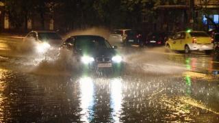 Ploaie torențială în Constanța! Cod Galben și furtună puternică în tot județul!